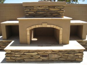 Benefits of Outdoor Kitchens in Phoenix, AZ